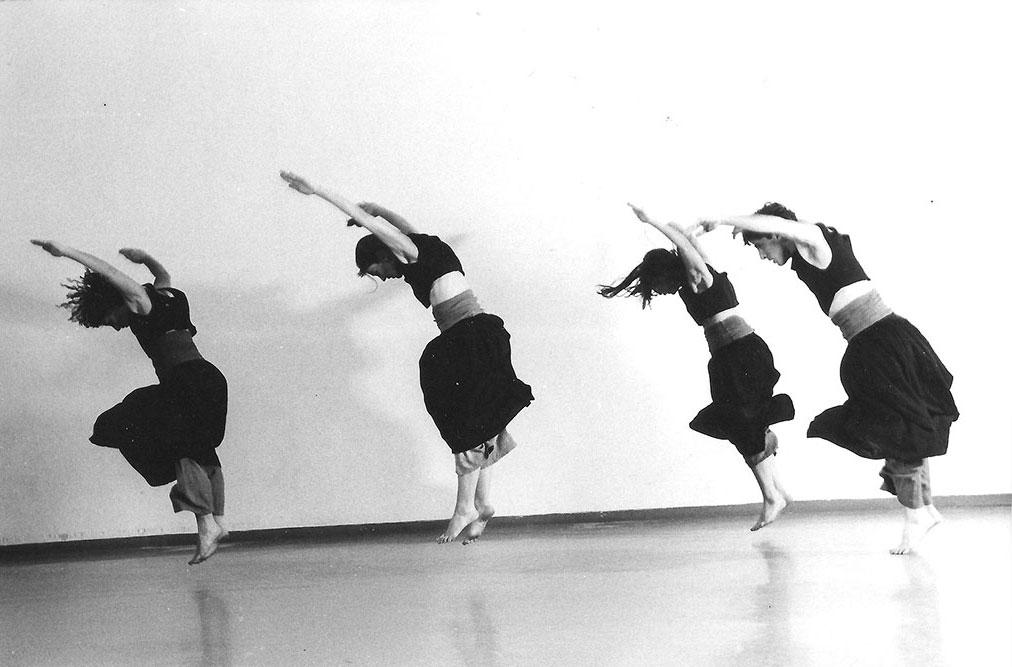 synapsa dance group